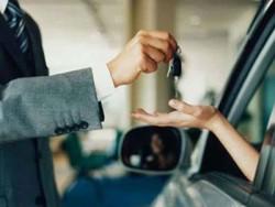 Купівля-нового-автомобіля-в-автосалоні