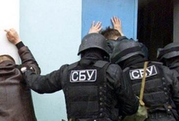 СБУ затримала інформатора терористів та коригувальника артилерійського вогню