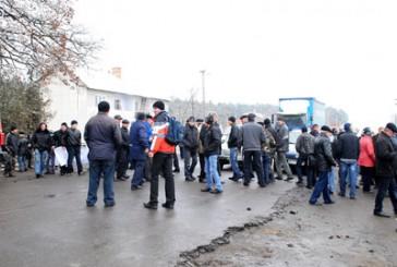 Через борги мешканці Чортківщини перекривали дорогу державного значення