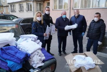 Медики та поліцейські Тернопільщини отримали допомогу від радника міністра МВС України