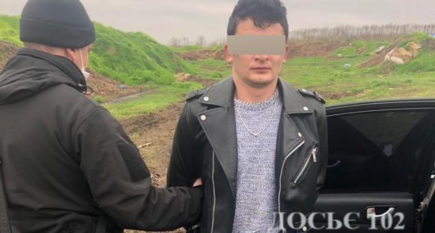 Розшуківці Тернопільщини разом з патрульними піймали викрадача автомобіля