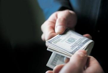 Назвавшись прокурором, зловмисник видурив у тернополянки три тисячі доларів