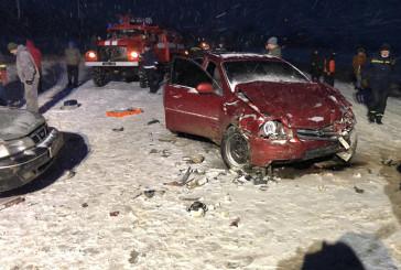 На Кременеччині перекинувся автомобіль, а на Чортківщині у ДТП загинула пасажирка