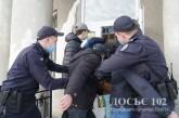 Працівники Служби судової охорони спільно з бійцями КОРД звільнили заручників та припинили масові заворушення