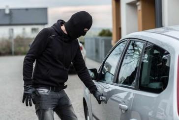 Оперативники Бучацького відділення поліції упродовж кількох годин розшукали автомобільних злодіїв