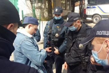 350 поліцейських забезпечуватимуть охорону громадського порядку під час півфінального матчу на Кубок України з футболу