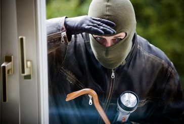 Дільничні офіцери Підгайців встановили зловмисника, причетного до крадіжки з будинку  пенсіонерки