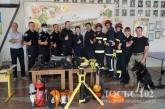 Поліцейські та рятувальники краю проводять уроки з безпечної поведінки