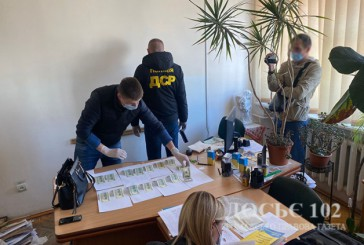 1500 дол. США за ухилення від служби в ЗСУ – Тернопільські поліцейські викрили у хабарництві заввідділення районної лікарні